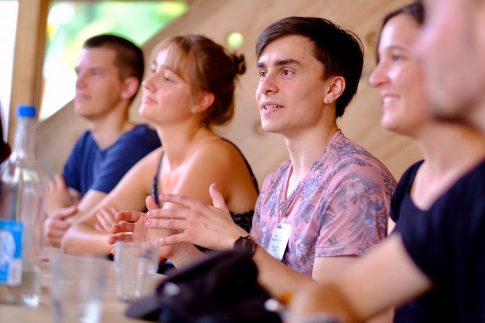 Freiwilliger berichtet von FWD Erfahrung in der Floating University
