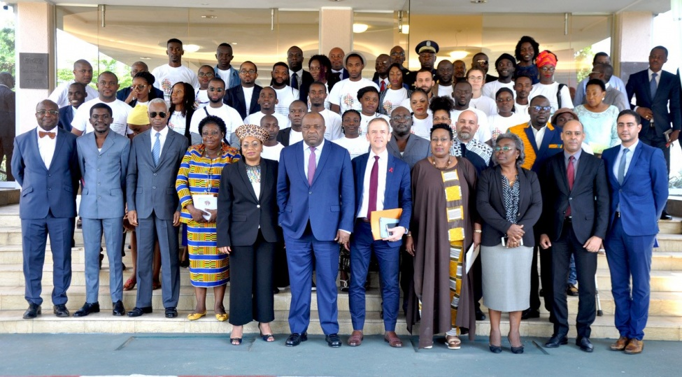 """Teilnehmer*innen der Konferenz """"Laboratories of the New World / Young People Imagine Libreville, a Pacific and Sustainable City, To The Horizon 2050"""""""