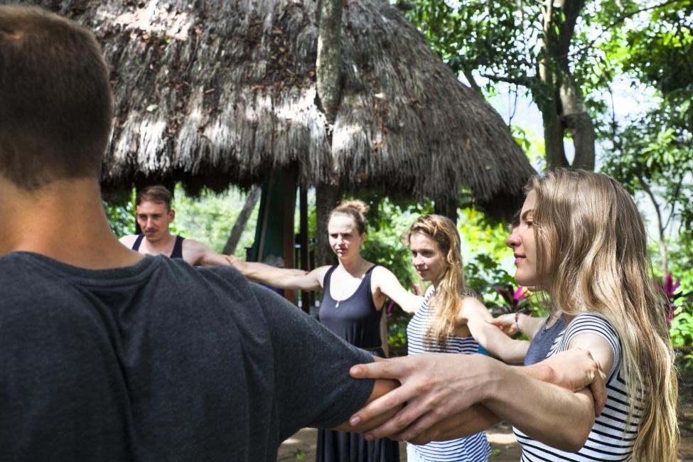 kulturweit-Freiwillige auf ihrem Zwischenseminar in Kolumbien