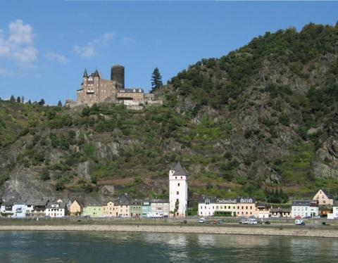 Sankt-Goarshausen im Oberen Mittelrheintal
