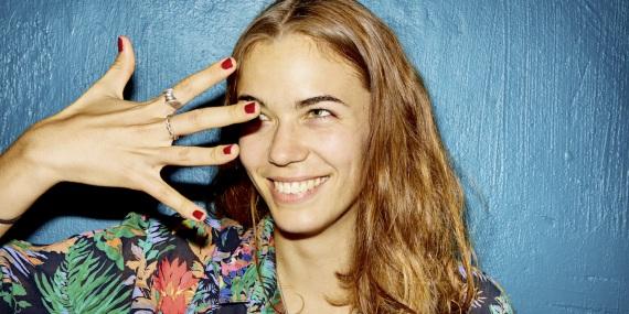 Alumna Simone im Interview