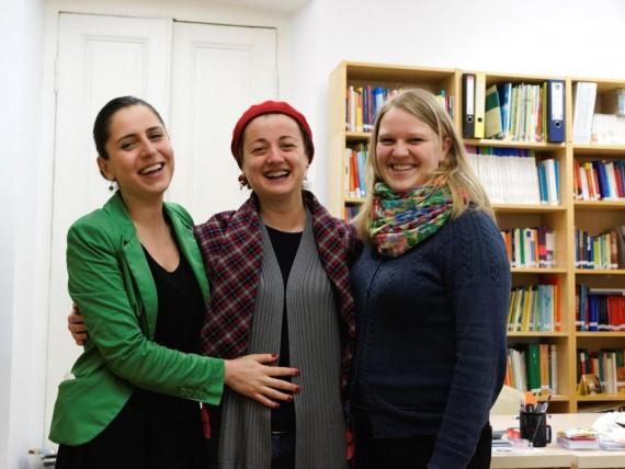 Mara Kuhlau und Kolleginnen beim DAAD in Tiflis
